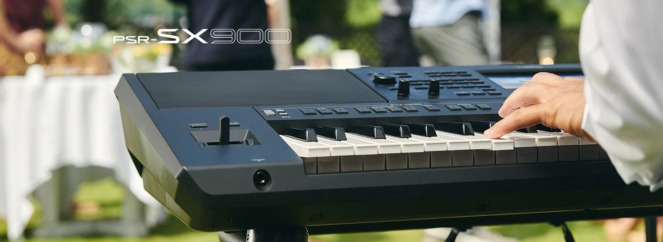 YAMAHA PSRSX900 STAGE KEYBOARDS - CLICK HERE